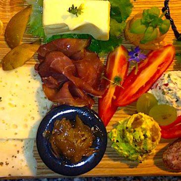 Frühstücksarrangement im Hofladen Kleeblatt